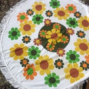 Vintage  beautiful, terry cloth, round tablecloth